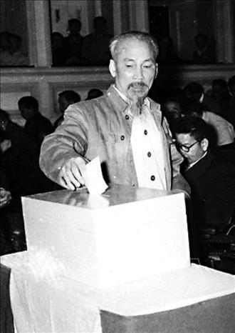 """""""Bác Hồ với Quốc hội Việt Nam"""" - tất cả mục đích đều hướng về nhân dân ảnh 1"""