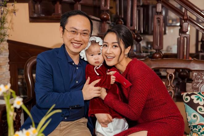 MC Phí Linh: Tôi chưa bao giờ hài lòng với chính mình ảnh 2