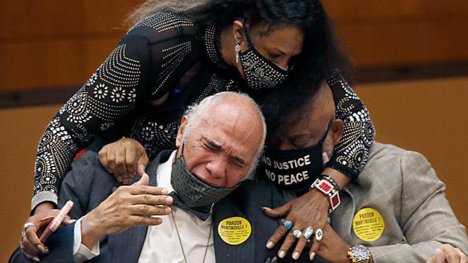 Nhóm 7 thanh niên da màu lĩnh án tử được ân xá sau… 70 năm ảnh 2
