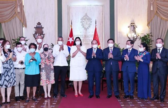 Chủ tịch nước Nguyễn Xuân Phúc thăm chính thức Cuba: Nhân dân Cuba luôn ủng hộ Việt Nam trong bất kỳ hoàn cảnh nào ảnh 1