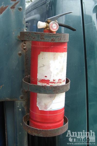 Cháy xe chở gas..., bình đâu ra mà chữa (?!) ảnh 13