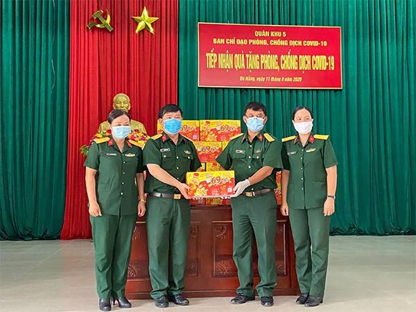 Trà Thanh Nhiệt Dr Thanh tiếp sức đồng bào, chiến sĩ Quân khu 5 và Quân khu 7 ảnh 1