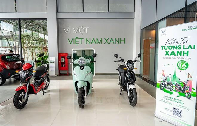 Khám phá showroom VinFast mới rộng gần 5.000m2 tại Hà Nội ảnh 4