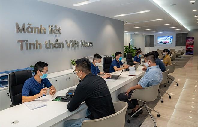 Khám phá showroom VinFast mới rộng gần 5.000m2 tại Hà Nội ảnh 6