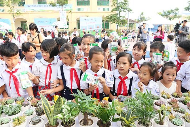 """""""Quỹ 1 triệu cây xanh cho Việt Nam"""": Lan toả tình yêu thiên nhiên, môi trường đến với học sinh ảnh 4"""