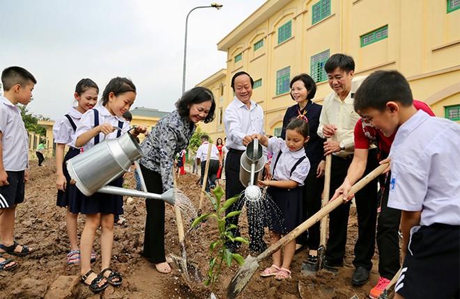 """""""Quỹ 1 triệu cây xanh cho Việt Nam"""": Lan toả tình yêu thiên nhiên, môi trường đến với học sinh ảnh 5"""