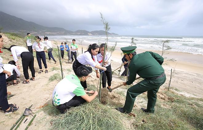 """""""Quỹ 1 triệu cây xanh cho Việt Nam"""": Lan toả tình yêu thiên nhiên, môi trường đến với học sinh ảnh 6"""