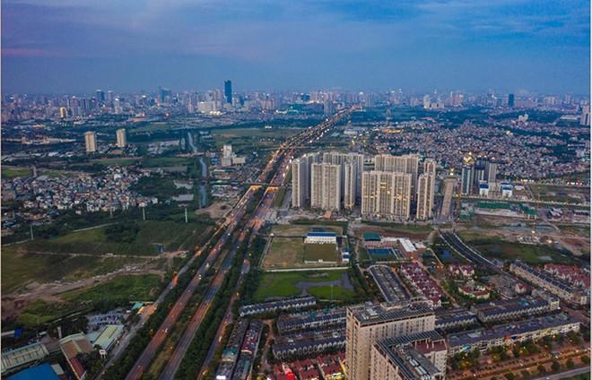 Hạ tầng, tiện ích tạo sức bật bền vững cho bất động sản ảnh 1