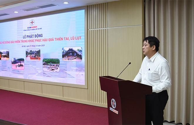Cán bộ nhân viên EVNHANOI quyên góp ủng hộ đồng bào miền Trung khắc phục thiên tai, lũ lụt ảnh 2