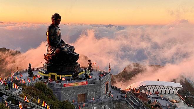 Cận cảnh lễ cầu an lớn nhất trên đỉnh Fansipan ảnh 2