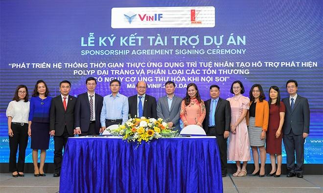 """""""Người đồng hành"""" VinIF và hành trình phát triển khoa học Việt ảnh 1"""