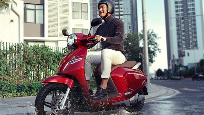"""Xe máy điện """"chất lượng tốt giá hời"""" liệu có xa vời với người dùng Việt? ảnh 1"""