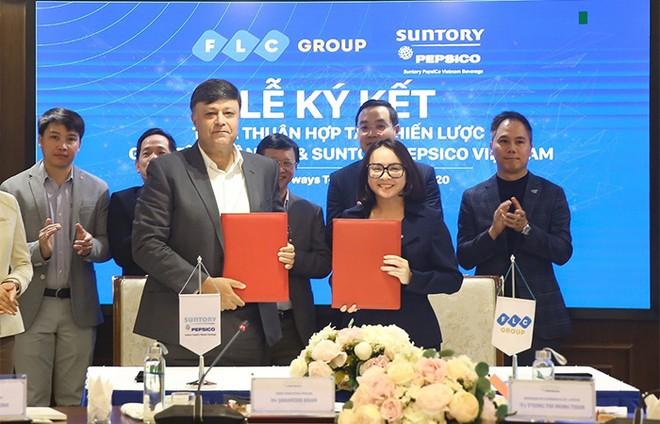 Tập đoàn FLC và Suntory PepsiCo Vietnam ký kết hợp tác chiến lược ảnh 1