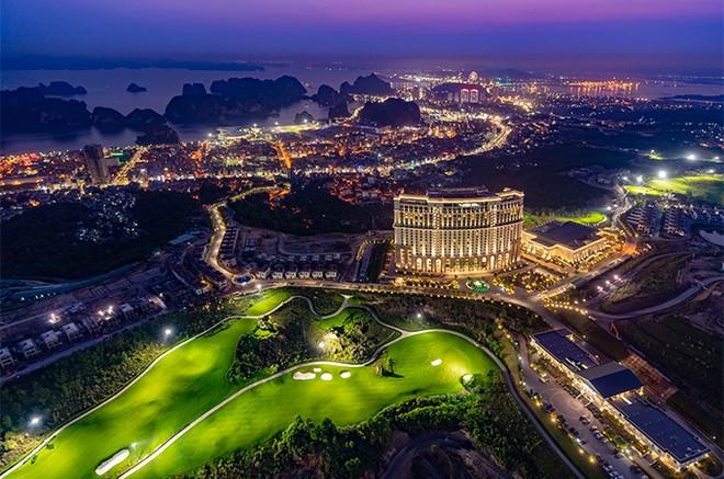 Dồn dập ưu đãi mừng sinh nhật FLC Hạ Long, quần thể 5 sao có tầm nhìn đẹp nhất Quảng Ninh ảnh 1