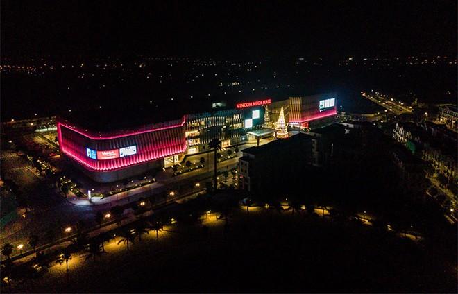 """Vincom Mega Mall Ocean Park tung """"bão"""" quà tặng trị giá gần 20 tỷ đồng dịp khai trương ảnh 1"""