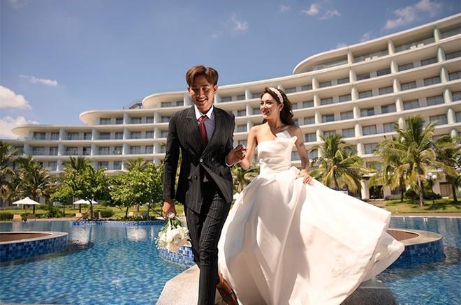 Ngất ngây tiệc cưới đẹp như mơ tại hệ thống nghỉ dưỡng 5 sao FLC Hotels & Resorts: Tình thế này phải cưới ngay kẻo lỡ ảnh 3