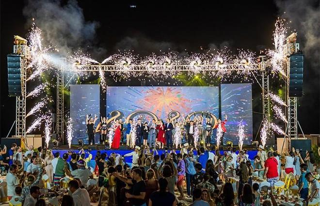 Tưng bừng đón năm 2021 với chuỗi sự kiện lễ hội siêu khủng tại Phú Quốc United Center ảnh 4