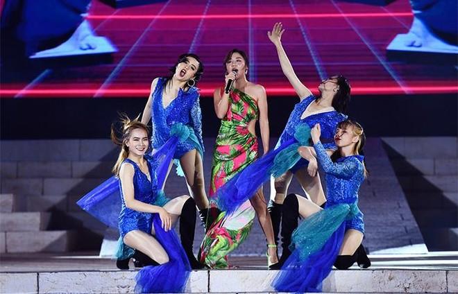 New Year Countdown 2021 Nam Phú Quốc do Sun Group tổ chức - không gian nghệ thuật đẳng cấp xứng tầm đỉnh cao ảnh 4