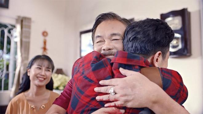Trà Dr Thanh gây xúc động với món quà sức khỏe tri ân cha mẹ ngày Tết ảnh 2