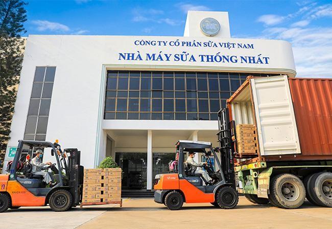 Vinamilk chào 2021 với lô sản phẩm sữa hạt và sữa đặc lớn xuất khẩu đi Trung Quốc ảnh 4