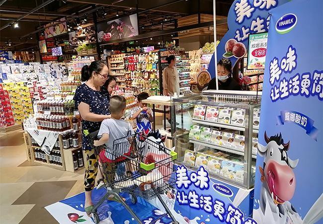 Vinamilk chào 2021 với lô sản phẩm sữa hạt và sữa đặc lớn xuất khẩu đi Trung Quốc ảnh 6