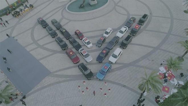 Vì sao các mẫu xe điện tự hành của VinFast trở thành tâm điểm của giới bình xe quốc tế? ảnh 3