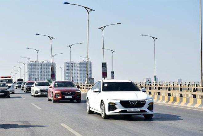 Vì sao các mẫu xe điện tự hành của VinFast trở thành tâm điểm của giới bình xe quốc tế? ảnh 4