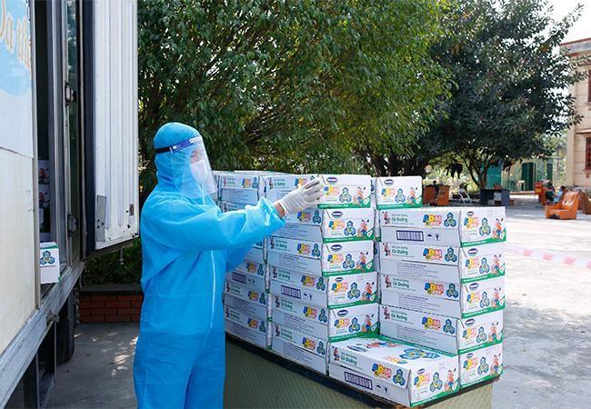 Vinamilk hỗ trợ 45.000 hộp sữa cho hơn 800 trẻ em đang cách ly tại Hà Nội, Hải Dương và Hải Phòng ảnh 6