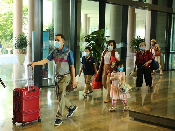 FLC Hotels & Resorts công bố loạt chính sách hỗ trợ du khách du lịch an toàn ảnh 4