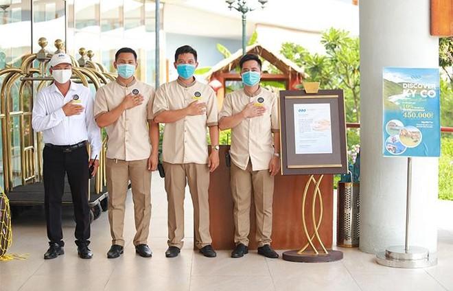 FLC Hotels & Resorts công bố loạt chính sách hỗ trợ du khách du lịch an toàn ảnh 5