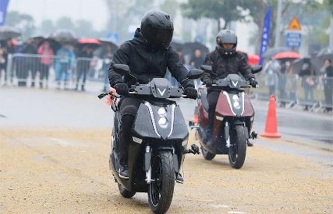 Feliz và Theon – bộ đôi xe máy điện đáng mua nhất năm ảnh 2