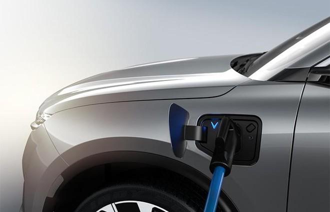 Chuyên gia giải thích tận gốc lí do ô tô điện thân thiện với môi trường hơn xe xăng ảnh 2