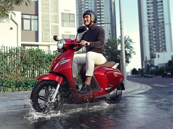 Người Việt đang thay đổi định kiến về xe máy điện như thế nào? ảnh 1
