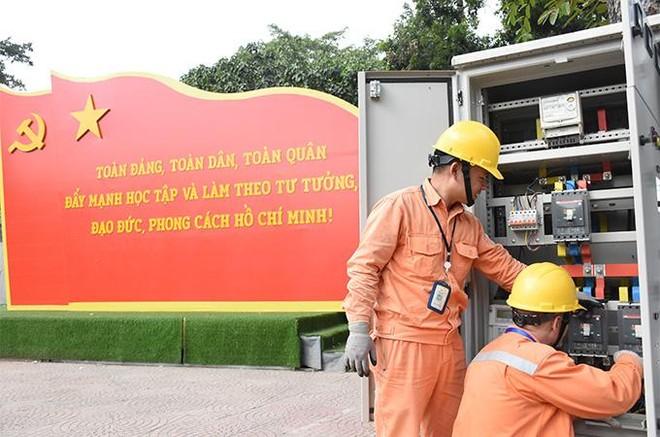 EVNHANOI sẵn sàng đảm bảo cung ứng điện liên tục, an toàn trong các ngày lễ lớn ảnh 1