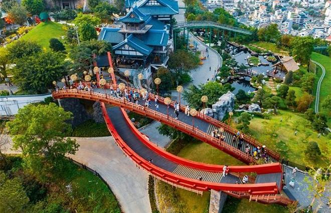Sun World Halong Complex tung combo dịp 30/4: Chơi 3 công viên chỉ với 600.000 đồng ảnh 2