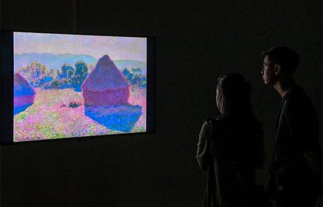 """""""Ngoài"""" và """"trong"""" ở triển lãm của Claude Monet và Pierre Bonnard tại VCCA ảnh 5"""