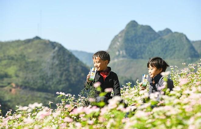 Vinamilk và Quỹ sữa Vươn cao Việt Nam tiếp tục hành trình trao sữa cho trẻ em tại 26 tỉnh thành trong năm thứ 14 ảnh 3