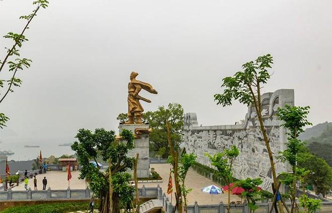 Du ngoạn Quảng Ninh, đừng quên ghé thăm những ngôi chùa độc nhất vô nhị ảnh 3