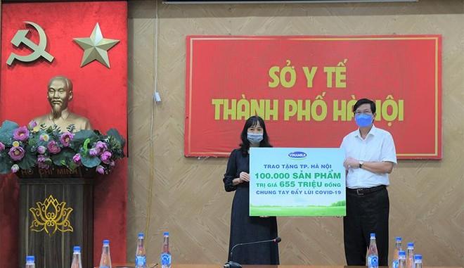 Vinamilk hỗ trợ gần 200.000 sản phẩm cho cán bộ y tế, người dân và trẻ em tại Hà Nội, Hà Nam, Bắc Ninh ảnh 2