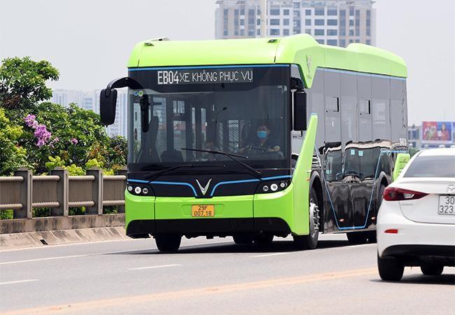Vinbus thử nghiệm lộ trình trên đường phố Thủ đô trước khi chính thức vận hành ảnh 4