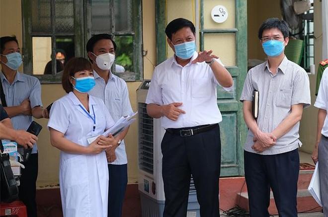 """Thứ trưởng Bộ Y tế: """"Một số địa phương từng đối phó với dịch phản ứng rất nhanh"""" ảnh 1"""