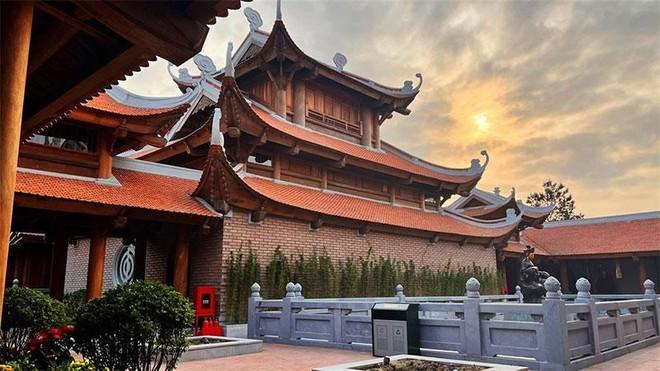 Đẹp ngoạn mục quần thể văn hóa tâm linh trên đỉnh Ba Đèo, Hạ Long ảnh 3