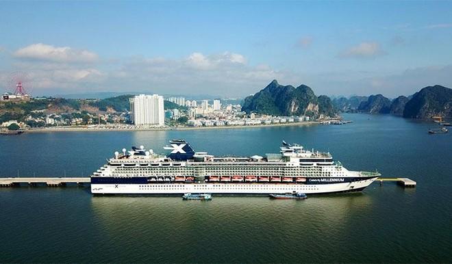"""Sun Marina Town – căn hộ triệu đôla sở hữu """"tầm nhìn kép"""" bên Vịnh Du thuyền ảnh 1"""