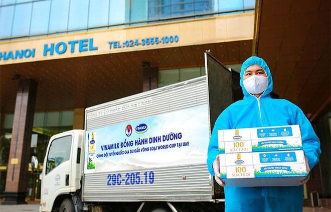 """Sữa Vinamilk """"xách tay"""" từ Việt Nam bổ sung dinh dưỡng cho Đội tuyển quốc gia khi thi đấu tại Dubai ảnh 5"""