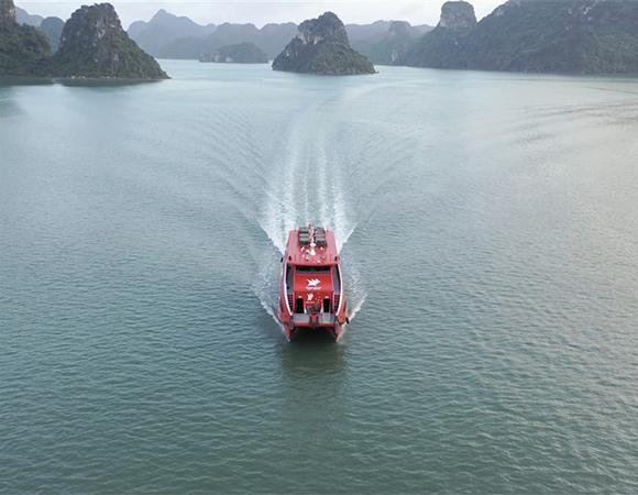 Khai trương tuyến tàu cao tốc từ Cảng tàu khách quốc tế Hạ Long đi Cô Tô ảnh 1