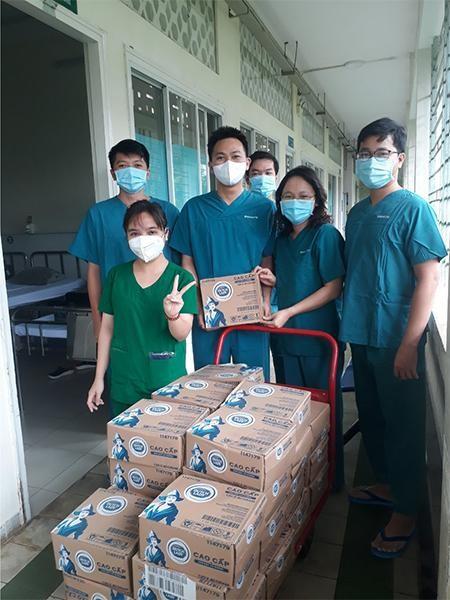 Vạn ly sữa, vạn yêu thương của Cô Gái Hà Lan góp sức cùng TP.HCM và Bình Dương chống dịch ảnh 4