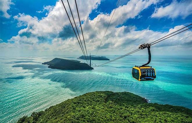 """Nam Phú Quốc có gì mà được mệnh danh là """"trung tâm mới"""" của đảo Ngọc? ảnh 1"""