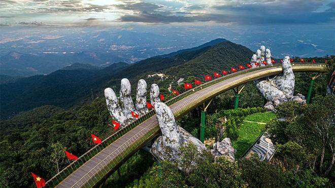 """""""Hiện tượng"""" Cầu Vàng và những bí mật mới tại Nam Phú Quốc ảnh 1"""