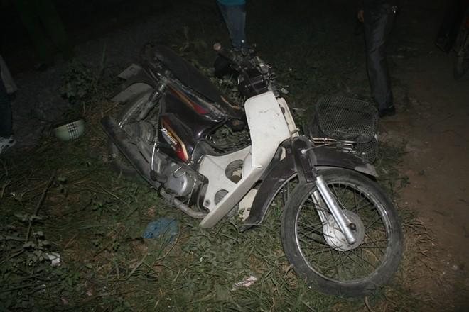Vụ tàu hỏa tông xe máy tại Hà Đông: Gác chắn thiếu an toàn? ảnh 5