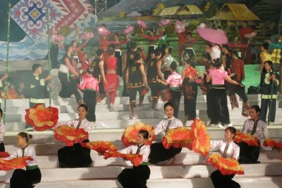 Khai mạc Ngày hội văn hóa các dân tộc Tây Bắc ảnh 2